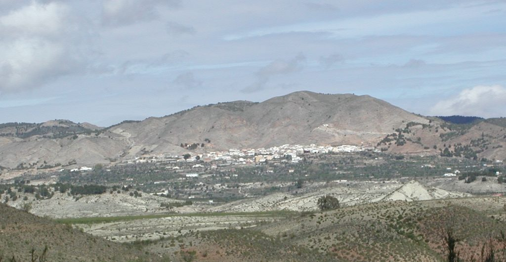 Somontín visto desde el Valle del Almanzora