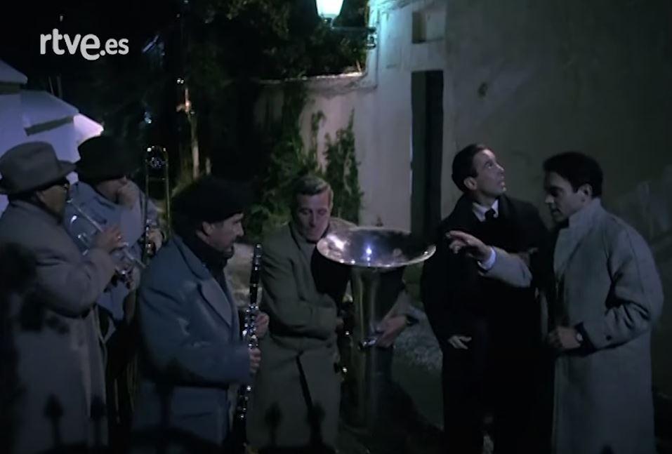 Escena de Lorca, muerte de un poeta donde aparece nuestro paisano Baldomero Oliver Acosta